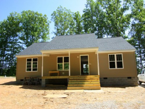 1440 Sf New Home On 6.18 Acres : Cumberland : Virginia