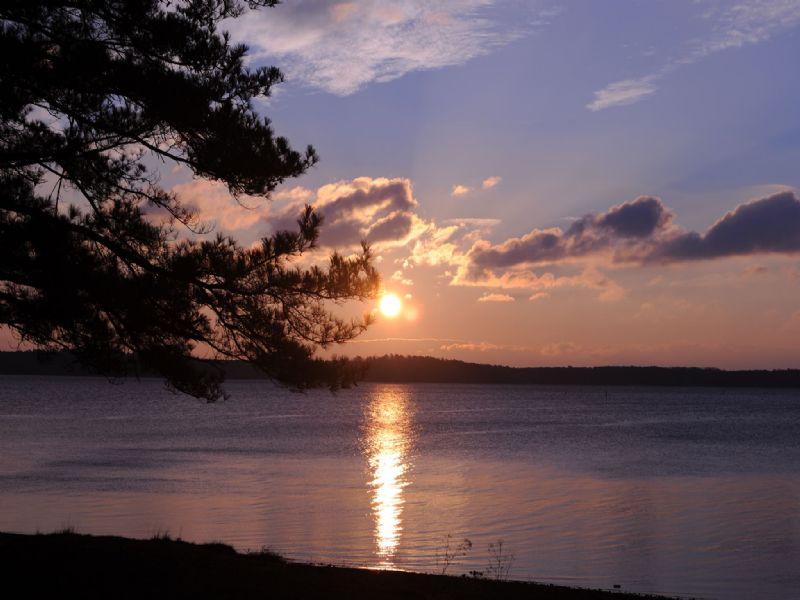 Premier Lakefront Retreat : Cornelius : Mecklenburg County : North Carolina