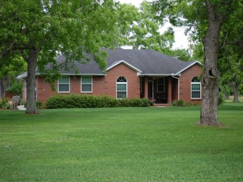 Custom Brick Home W/spring Fed Pond : Starke : Bradford County : Florida