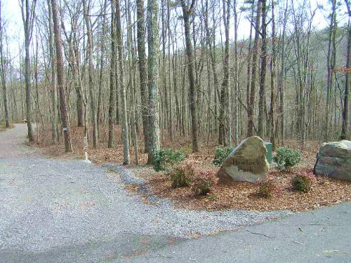 Gated, Utilities, Views, Woods : Dunlap : Sequatchie County : Tennessee