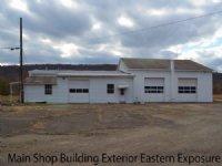 Farmland W/ Comm. Buildings On Rail