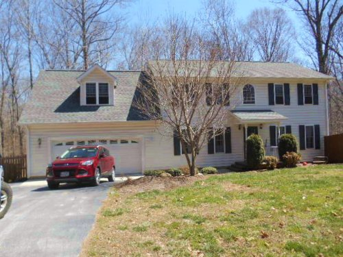 Briery Creek Estate : Farmville : Prince Edward County : Virginia