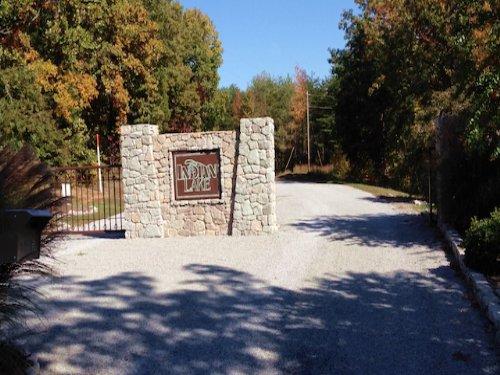 Lot 146 Is On 2.9 Acres : Cedar Grove : Carroll County : Tennessee