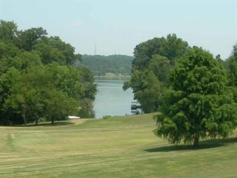 .25 Acres In Crossville, TN : Crossville : Cumberland County : Tennessee