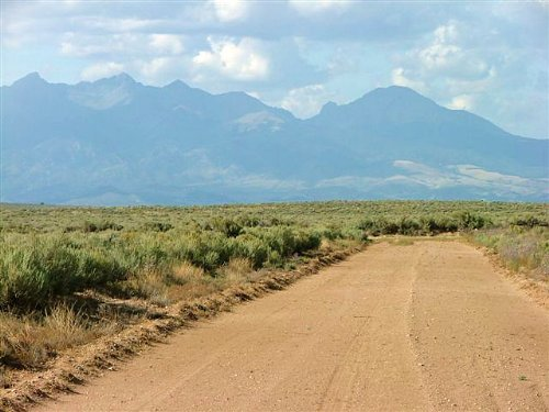 6 Acres San Luis Estates South : Mesita : Costilla County : Colorado