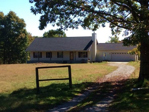 4br 2.5 Ba On 5 Acs. : Pikeville : Bledsoe County : Tennessee