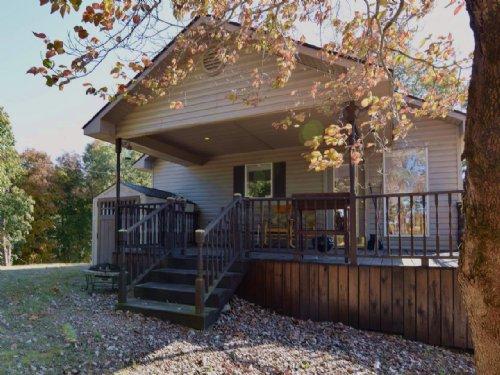 Mountain Top Furnished Cabin : Mountain View : Stone County : Arkansas
